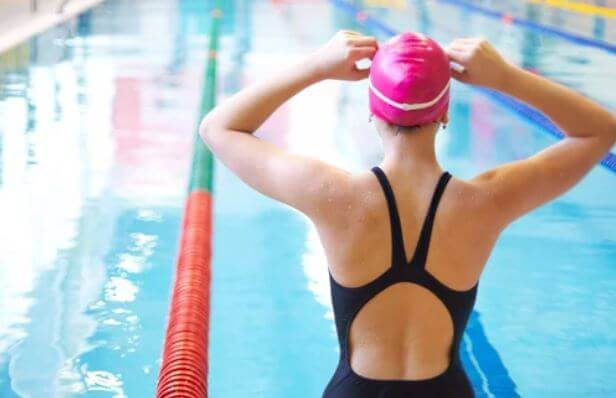 How to Overcome a Fear of Water and Be a Better Swimmer