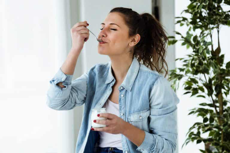 The Yogurt Diet: A Healthy Way to Lose Weight