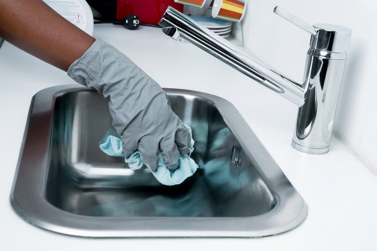 5 Items in Your Home that Collect Bacteria