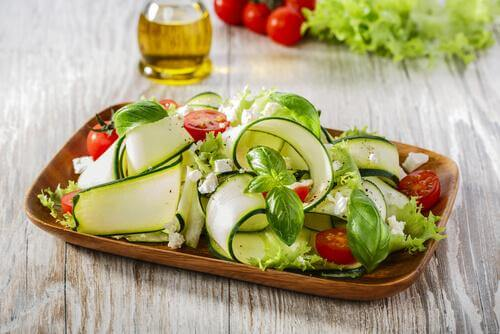 zucchini and parmesan salad - recipes with nuts