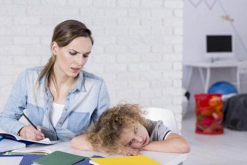 Anzeichen einer Aufmerksamkeitsstörung bei Kindern