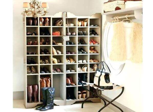 build a shoe stand