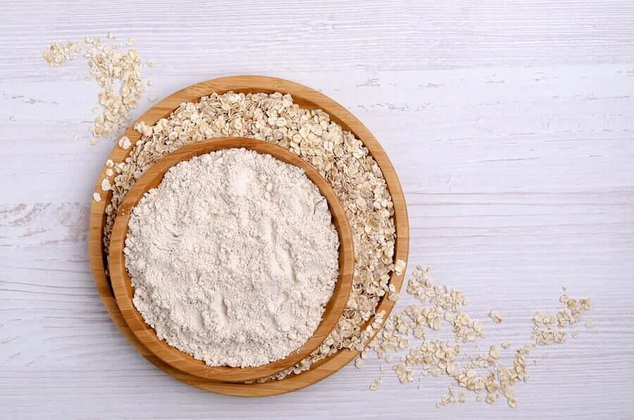 Oatmeal and oatmeal flour.