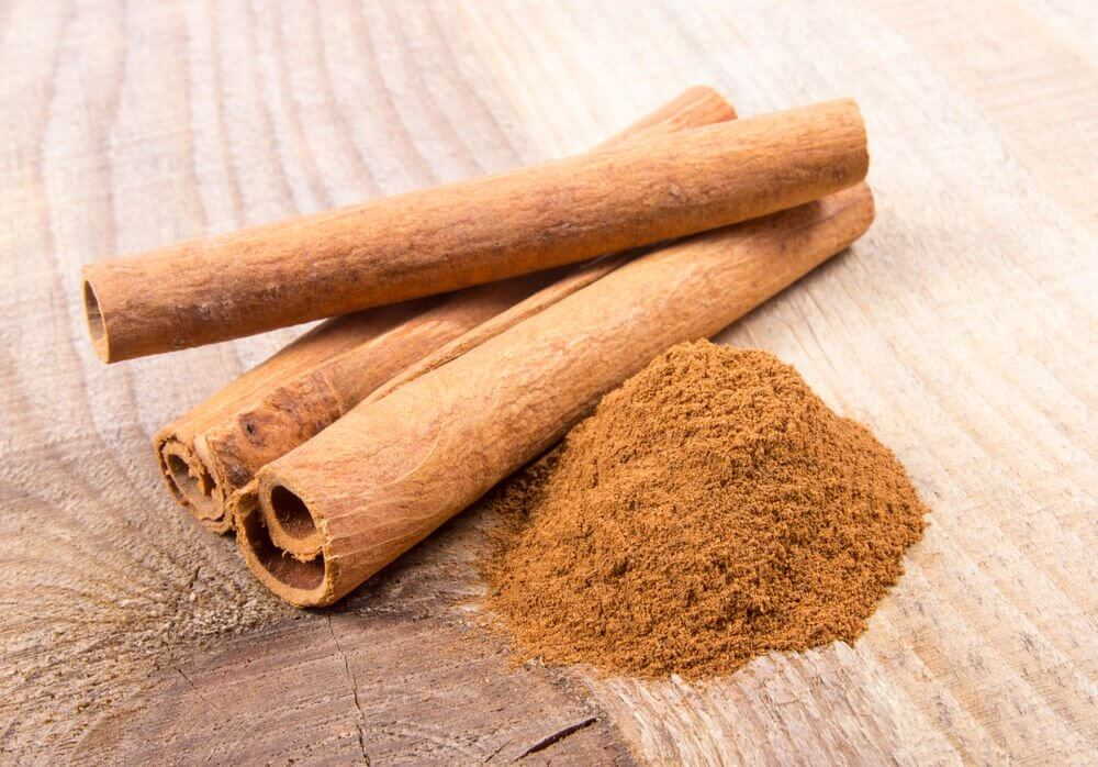 Whole and ground cinnamon.