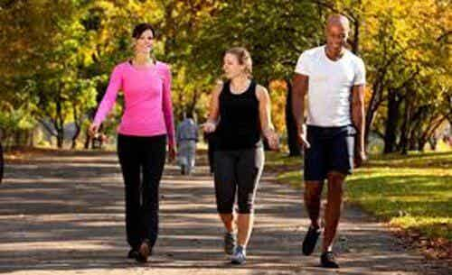 Take a Look at the Six Benefits of Walking Every Day