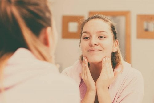 Four Tips to Ensure Clean and Smooth Skin