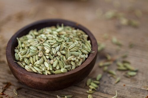 Three Ways to Drink Fennel Seeds to Lose Weight