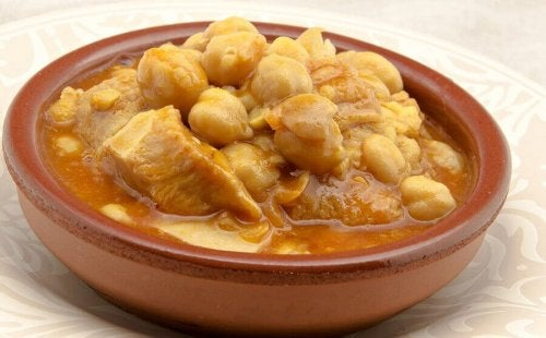 A bowl of Madrid-style beef tripe