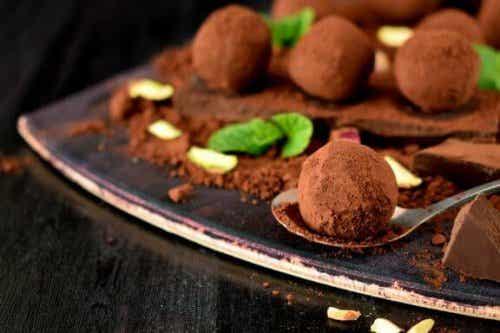 Homemade Recipe for Delicious Chocolate Truffles