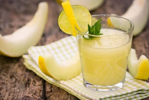 Melon juice that helps shed inches off your waist