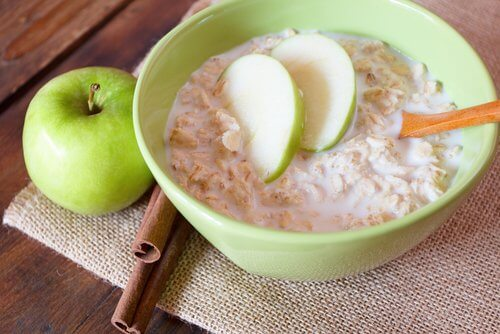 Oats and apple for heart health.