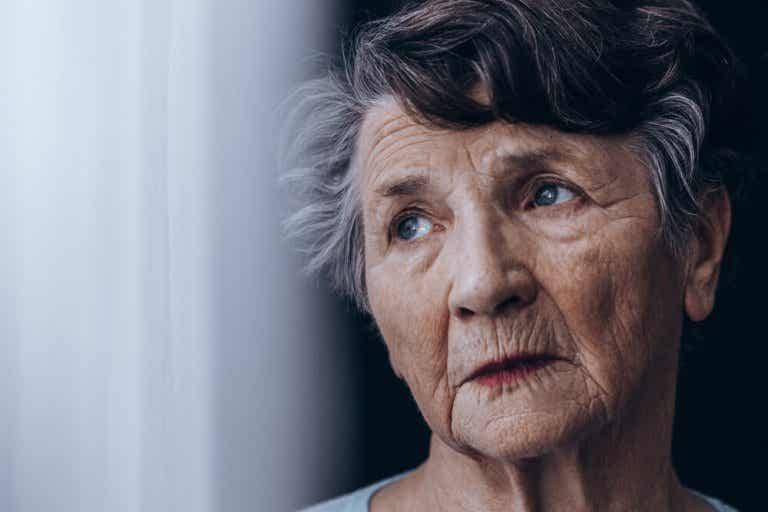 The Differences between Dementia and Alzheimer's