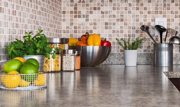 6 Ways to Better Organize your Kitchen