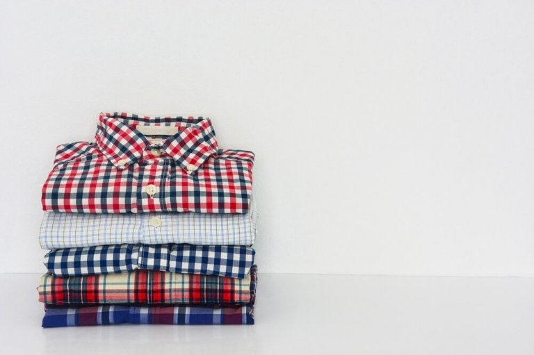 Learn How to Fold Your Shirts in Record Time