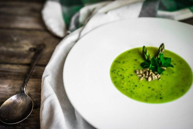 A Tasty Recipe for Asparagus Gazpacho