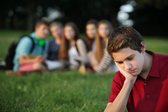 How to Help Your Children Face Peer Pressure