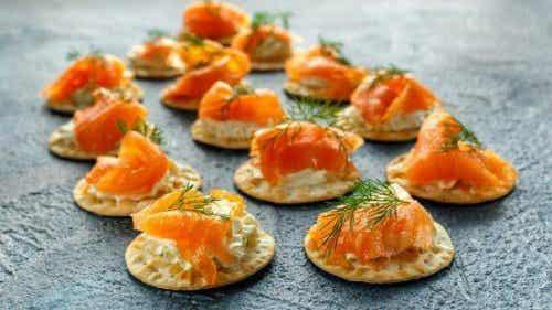 Smoked Salmon Blinis with Tartar Sauce Recipe