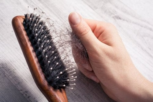 Seven Tips you Should Apply to Slow Down Hair Loss
