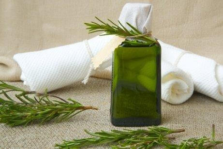 Herbs: One of the best ingredients for natural air fresheners.