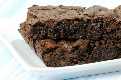 Yummy brownies hunger and anxiety high sugar and fat content
