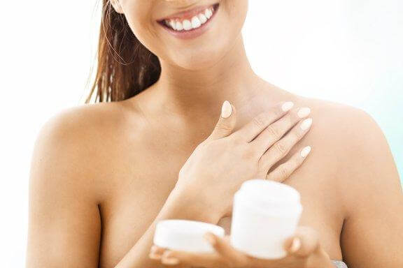 Six Tips to Tighten Your Skin Naturally