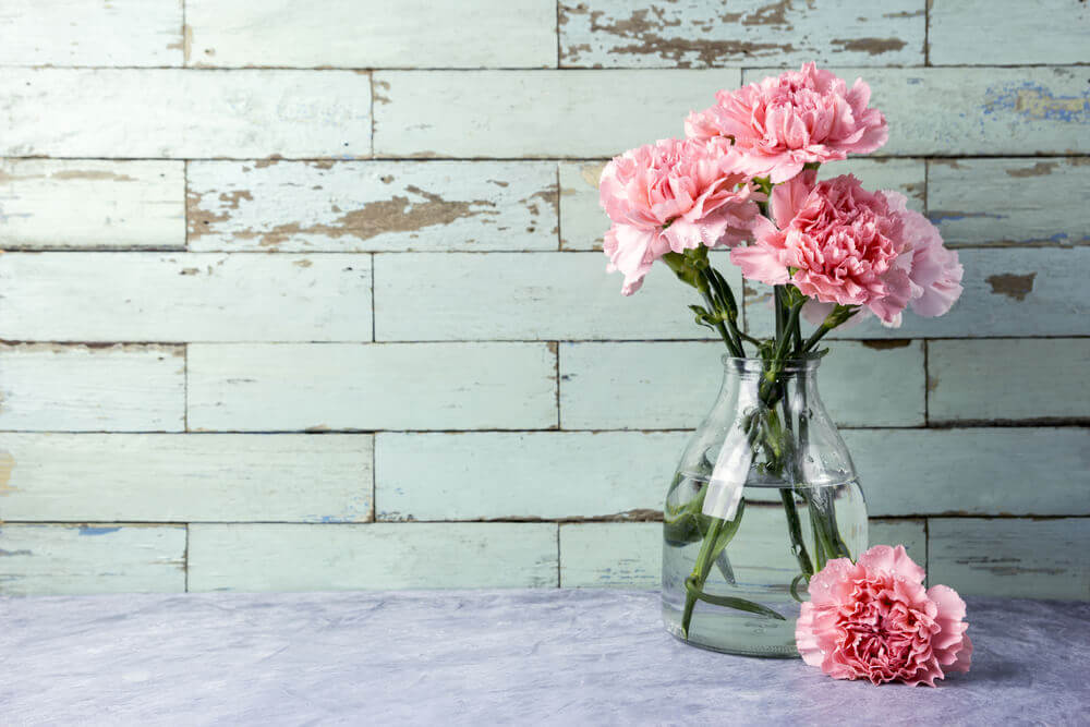Three Quick Ways to Clean Your Glass Vases