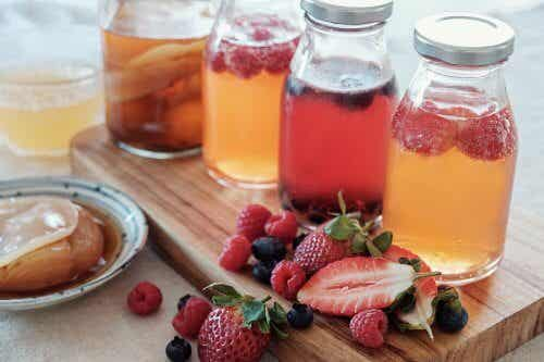How to Make a Fruit Infusion: 5 Easy Recipes
