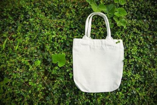 DIY Fashionable Reusable Grocery Bags