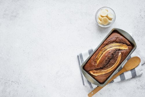 How to Make Banana Bread: Three Delicious Recipes