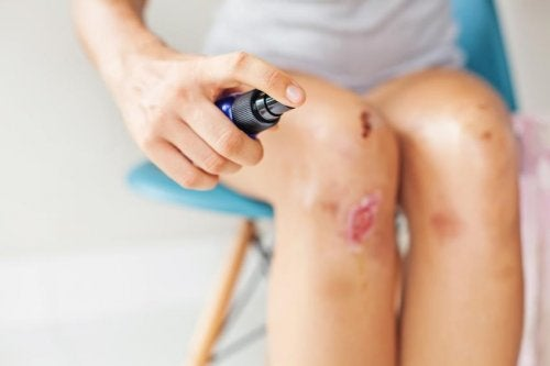 What You Should and Shouldn't Do When Treating a Wound