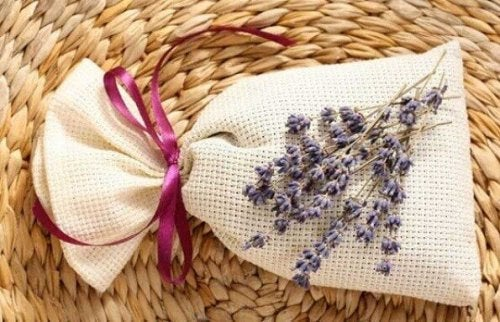 lavender bag of potpourri
