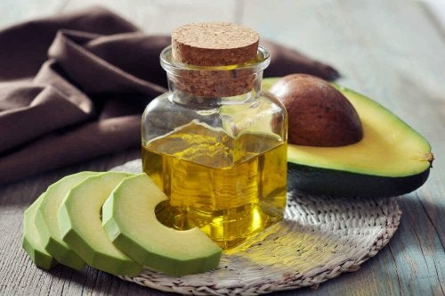 Avocado oil to relieve carpel tunnel syndrome topically