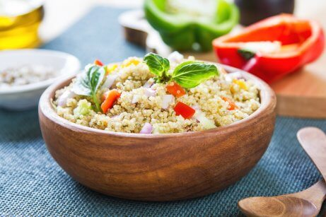 Quinoa and chickpea mixed salad.