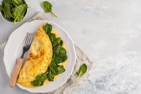 Spanish Omelet with Spinach, Chia Seeds, and Spirulina
