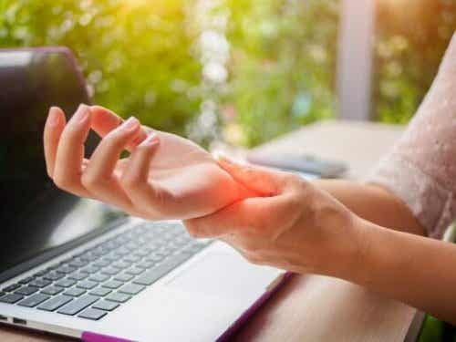 Five Soothing Remedies to Relieve Carpal Tunnel Syndrome Pain