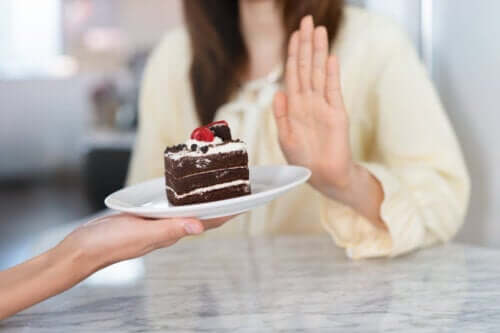 Five Tips to Control Sugar Cravings