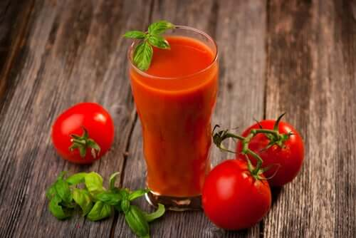 Tomato juice can help heat exhaustion because it naturally combats sunburns.