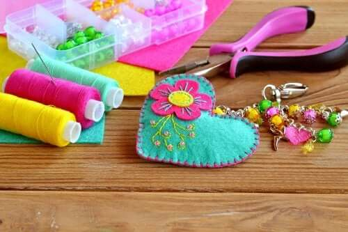 Homemade Keychains: Recycled Ideas
