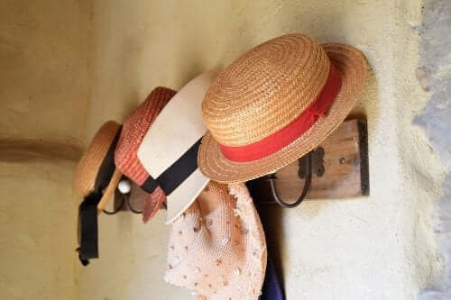 How to Make a Rack for Your Hats