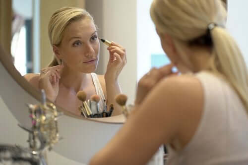 Tips to Keep Your Skin Looking Young at 40