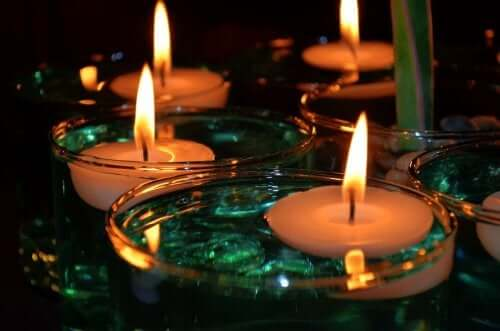 A bunch of floating candles.