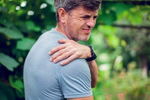 How to Correct Droopy Shoulder Syndrome
