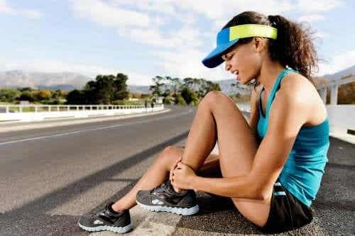 Muscle Strain: Symptoms and Treatments