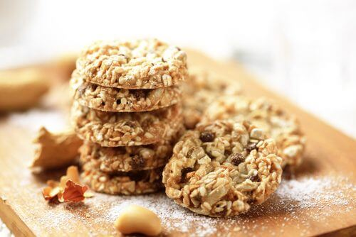 Oatmeal yogurt cookies with honey.