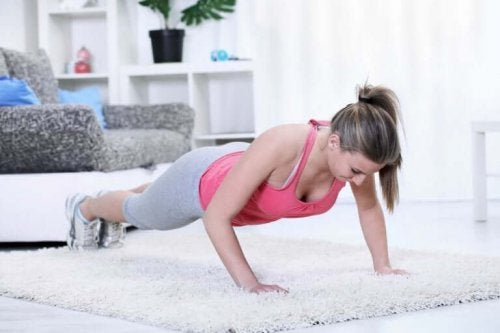 A woman doing the plank.
