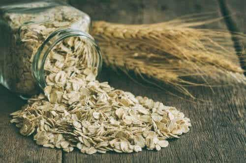 Why You Should Enjoy Oatmeal and its Benefits