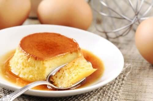 A serving of flan.