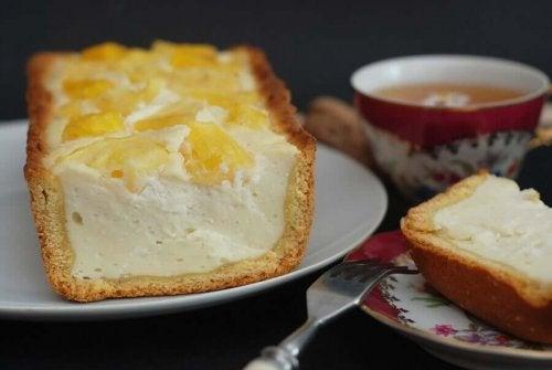 Piña colada cheesecake.