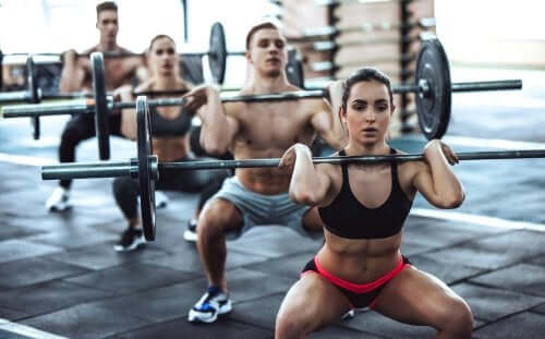 The Benefits and Risks of CrossFit: What You Need to Know