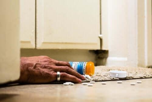 Tramadol pills.